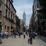 per le vie di città del Messico
