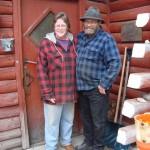 berry e sua moglie dopo un caffe accanto alla stufa per riscaldarmi